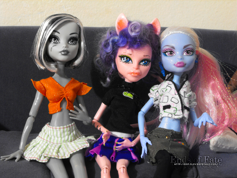 Gift From Ghoulia's Adventures - 10